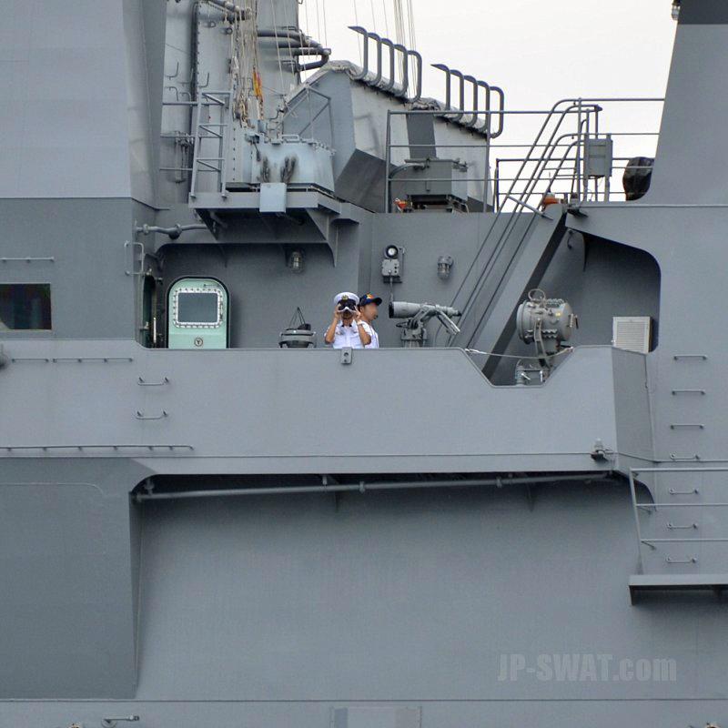 平成28年9月26日 海上自衛隊 ひゅうが型ヘリコプター搭載護衛艦 DDH-181 「ひゅうが」 新潟東港出港